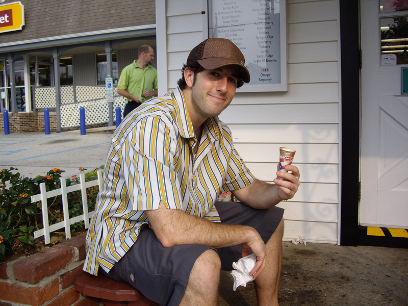 ... Lee eats more ice cream.