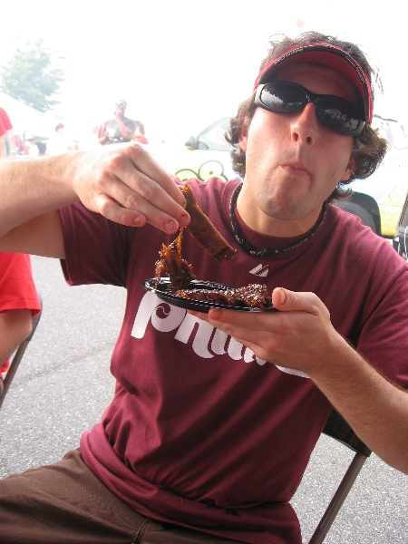 Lee eats ribs ...