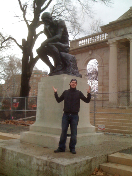 Lee shrugs at Rodin\'s