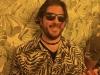 Lee shrugs at matching shirts-wallpaper (Bok Bar).