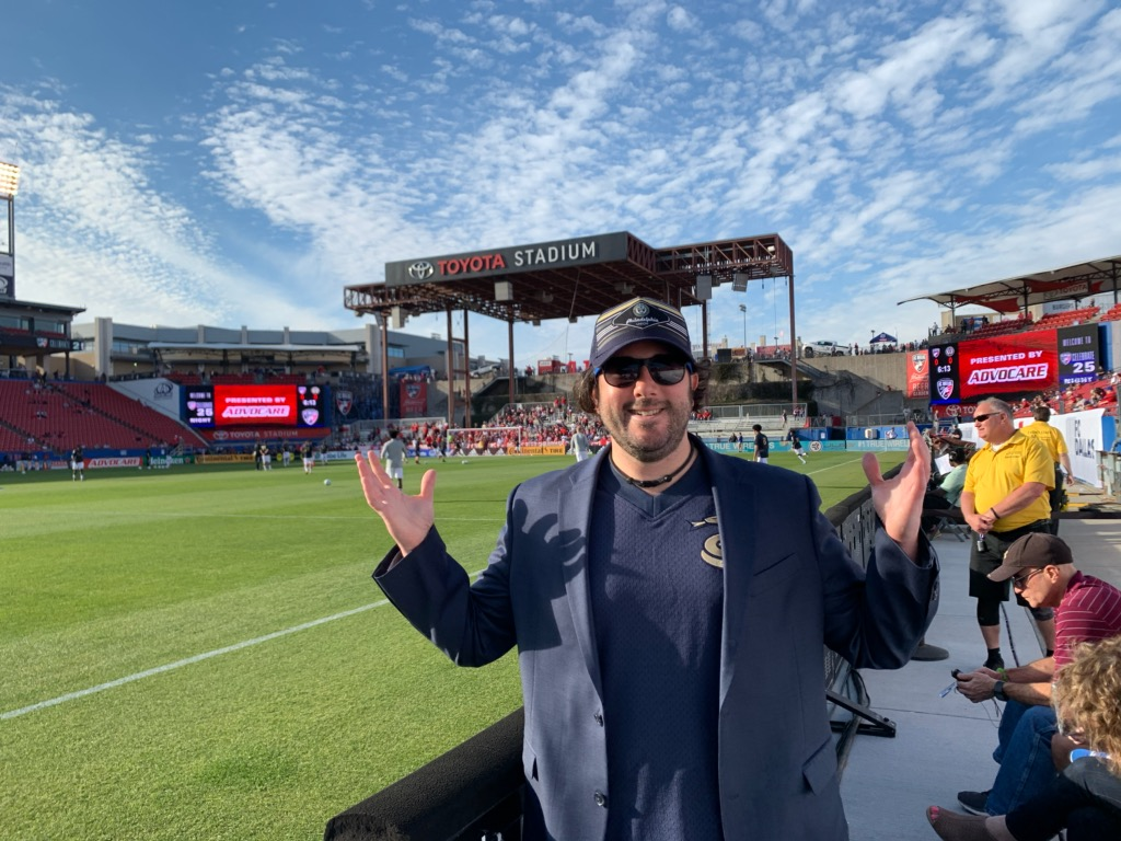Lee shrugs on pitch at Union opener in Dallas, TX (Pre-Covid).