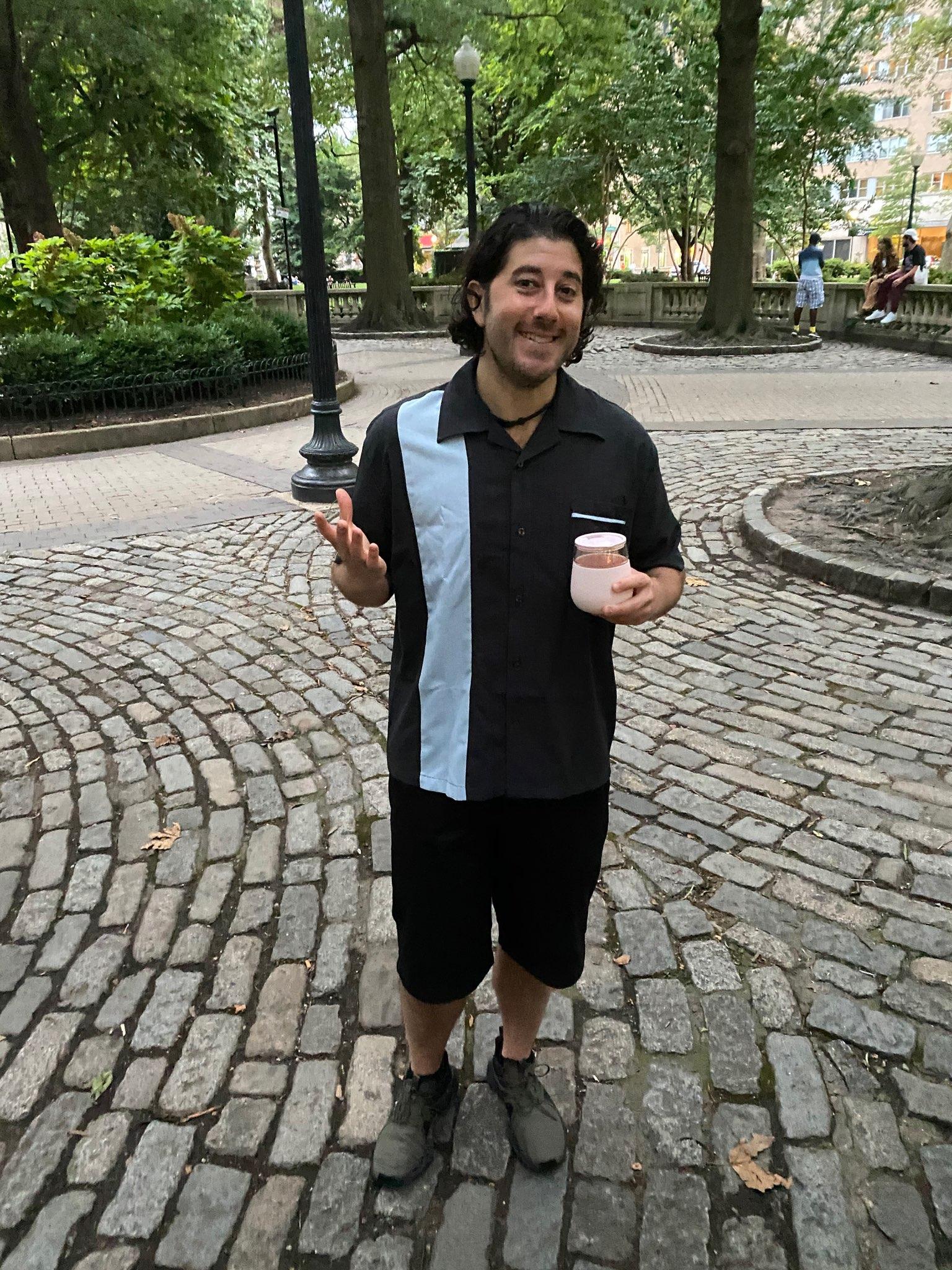 Lee shrugs in Rittenhouse Square